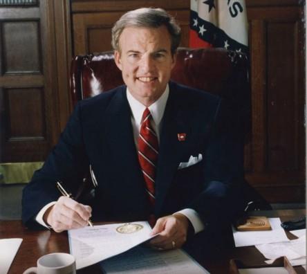 Portrait of former Arkansas governor Jim Guy Tucker