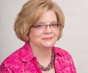 Portrait of Dr. Lydia McDonald