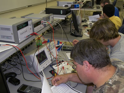 Students in the Electronics and Computer Engineering Technology program use state-of-the-art laboratory equipment.