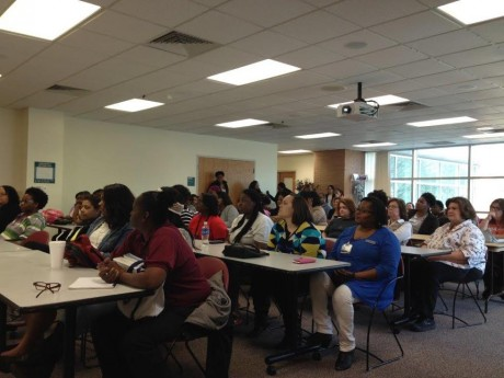 photos of participants in the ualr weight and wellness class