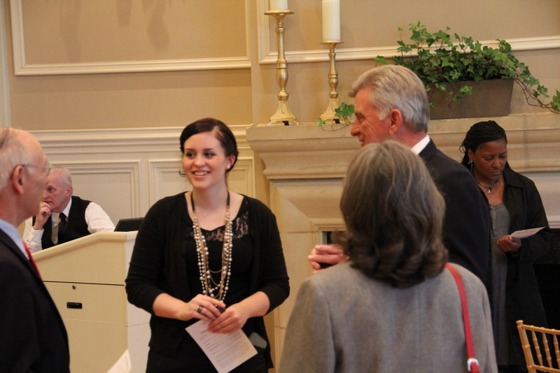 Danielle Kemmer, UALR College of Science Leadership Endowed Scholarship recipient talks with Gov. Mike Beebe