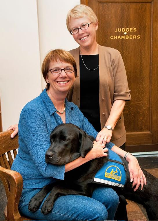 Keynote courthouse dogs speakers with dog Molly B