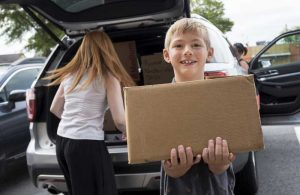 8-year-old who wants to end hunger hosts food drive for Trojan Food Pantry