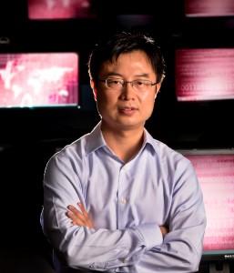 Mengjun Xie