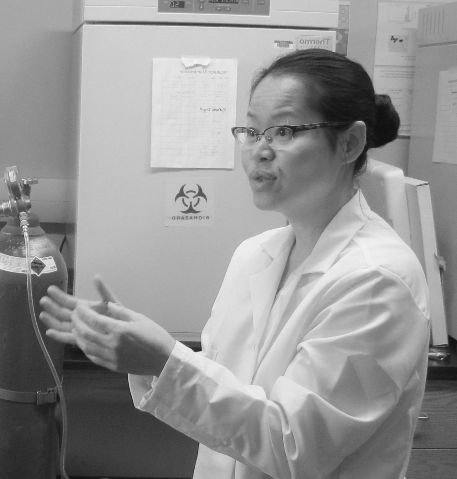 Dr. Kieng Bao Vang-Dings