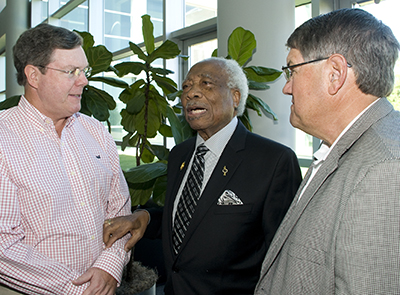 Ozell Sutton (center) with family members of posthumous Honoree James H. Penick at the 2013 Civil Rights Heritage Commemoration ceremony.