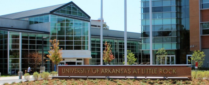 UALR sign in front of Donaldson Student Services Center