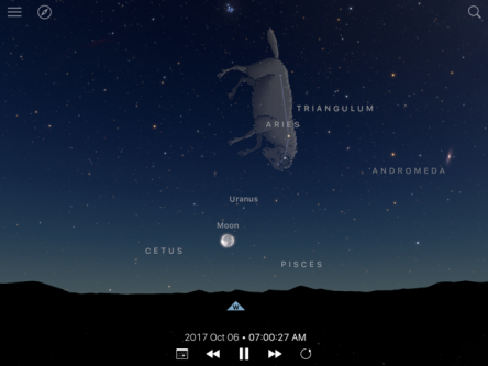 Image of Oct 6 sky with Moon and Uranus